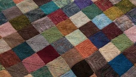 EK Mitred square blanket
